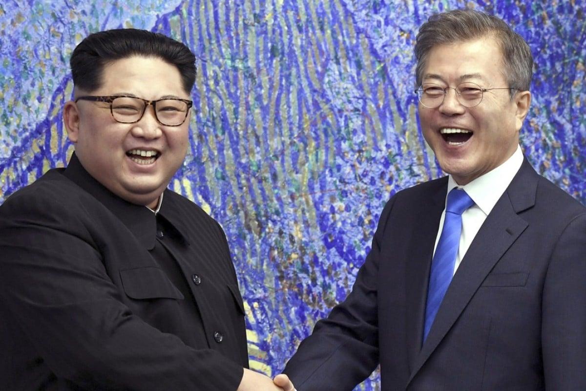 North Korean leader Kim Jong Un with South Korean President Moon Jae-in. Photo: AP