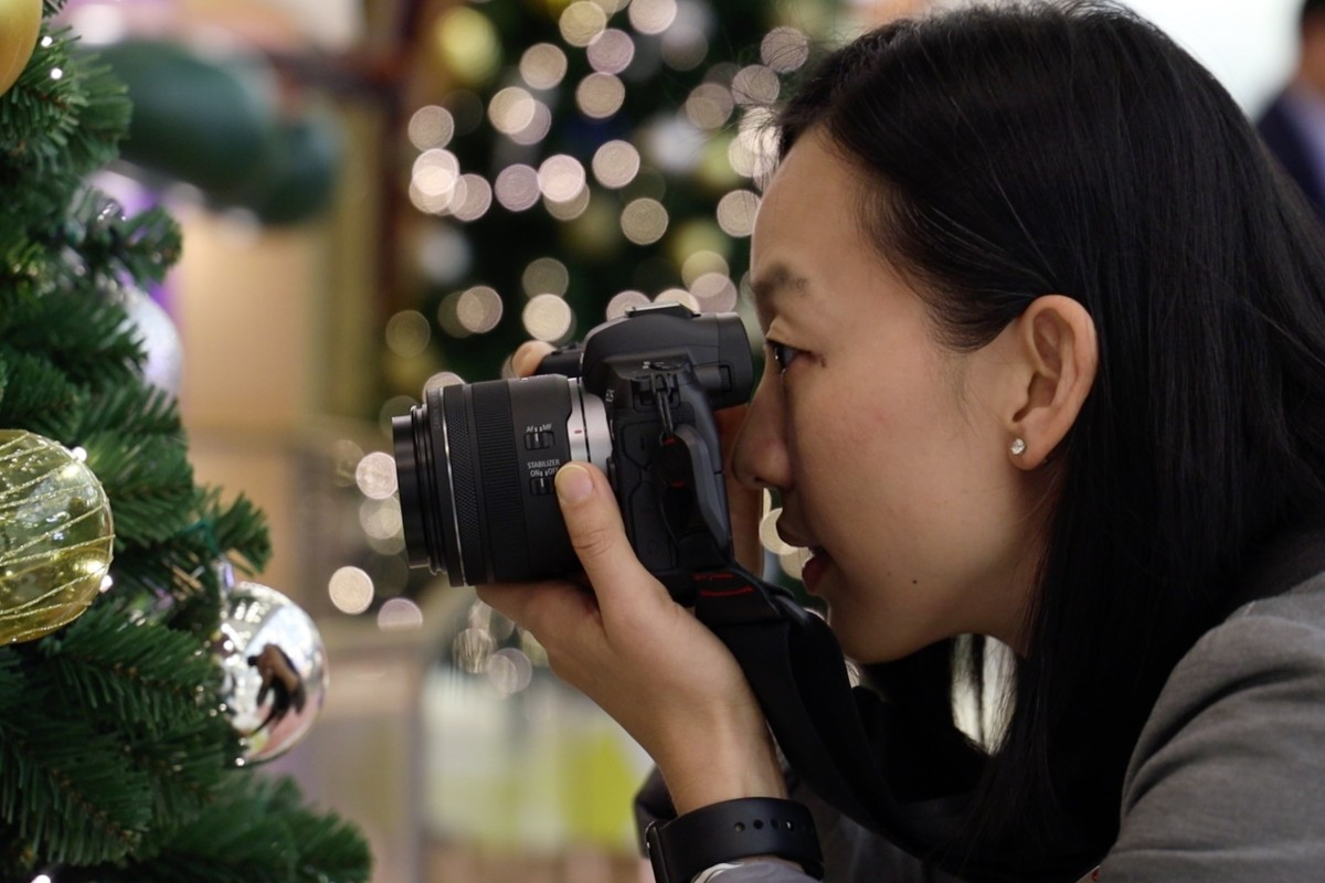 Using Canon's EOS RF 35mm F/1.8 IS Macro STM lens. Photo: Derek Ting