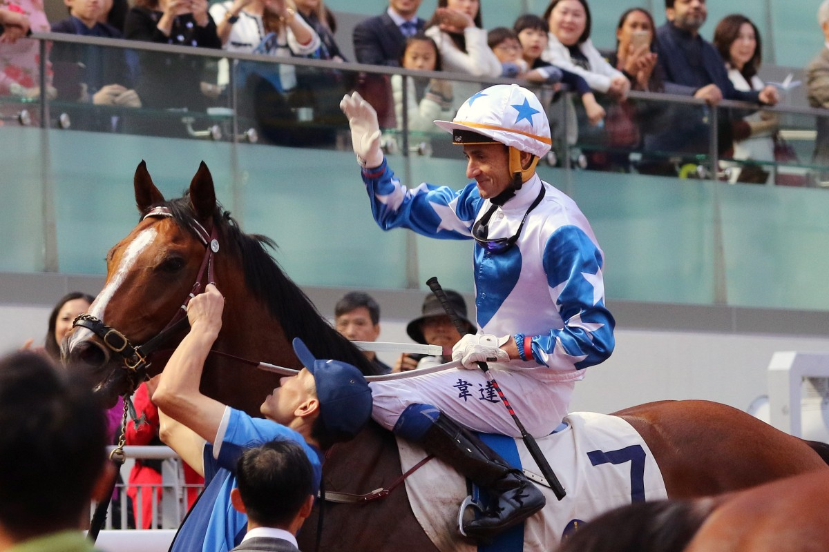 Douglas Whyte returns on Uncle Steve after his very last ride in Hong Kong. Photos: Kenneth Chan