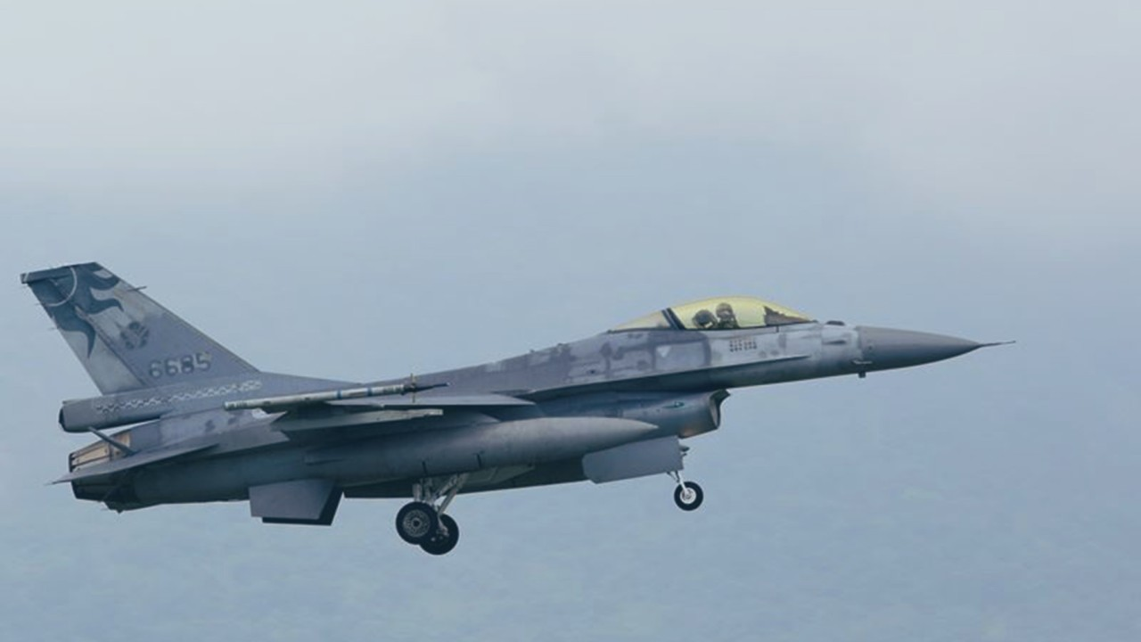 Taiwanese fighter pilot killed during anti-invasion drills