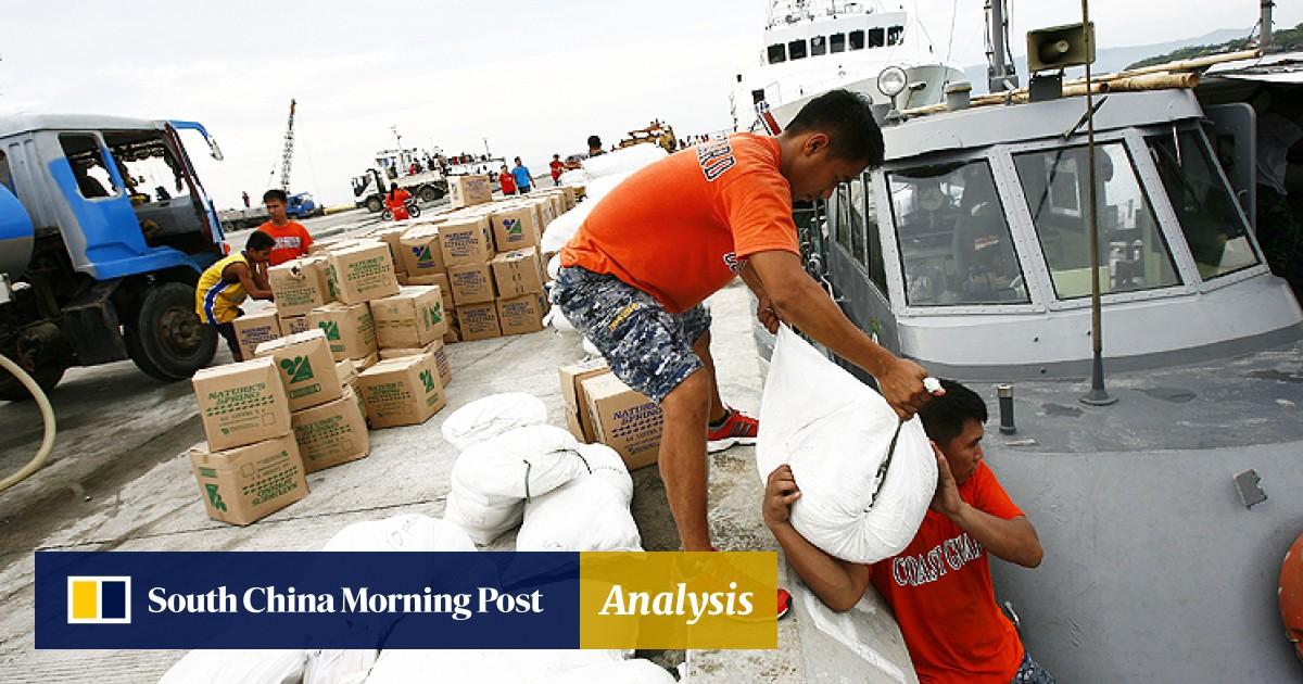 Philippine quake island officials accused of aid 'hoarding