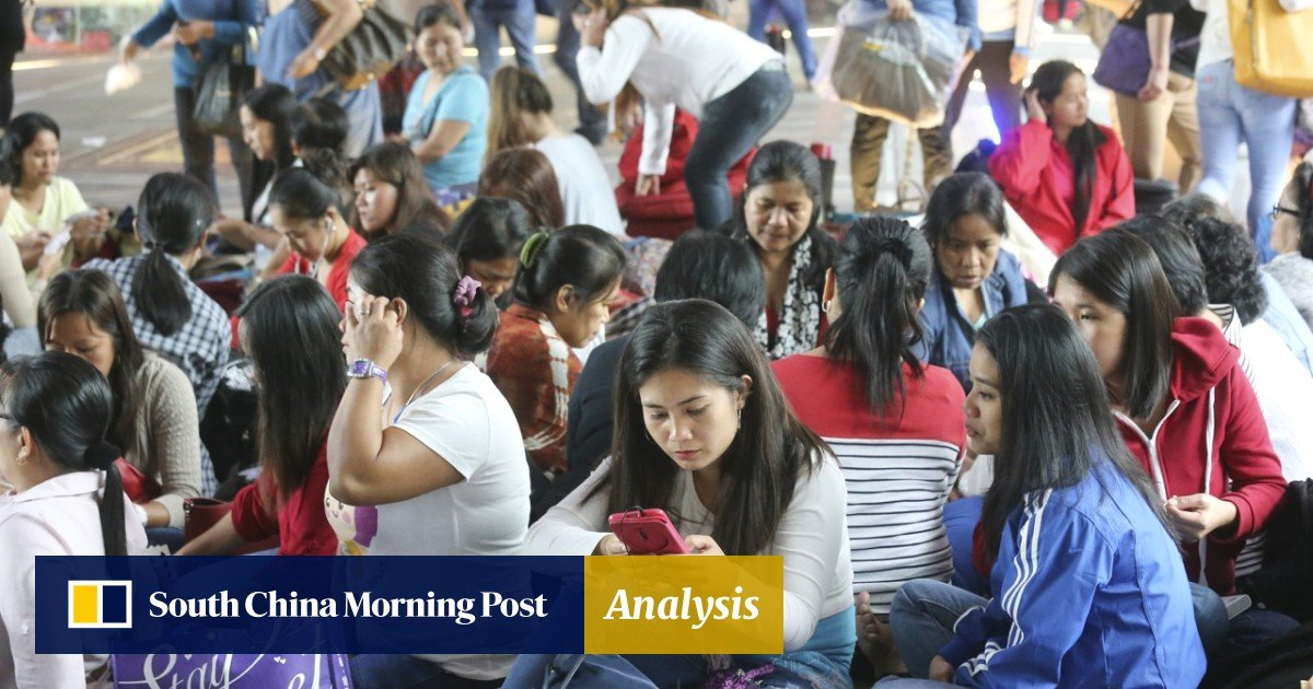 More Than A Thousand Filipino Workers Get Ready To Head To