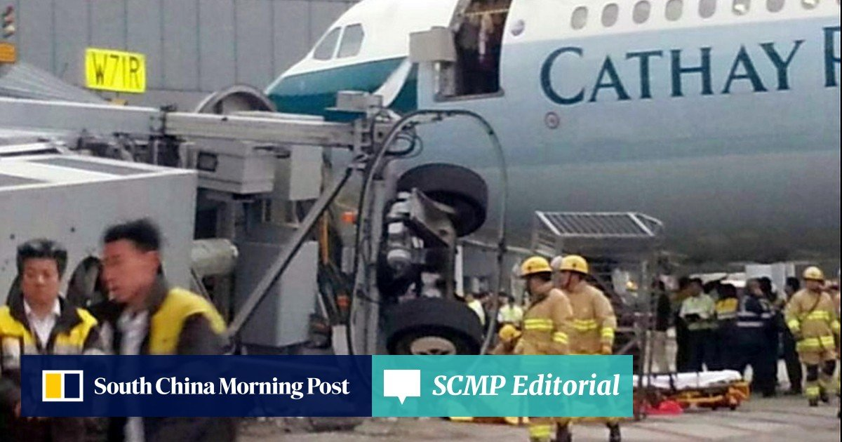 Air bridge bolts are focus of inquiry | South China Morning Post