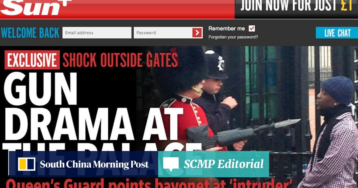 Buckingham Palace guard pointed his rifle at 'intruder' at