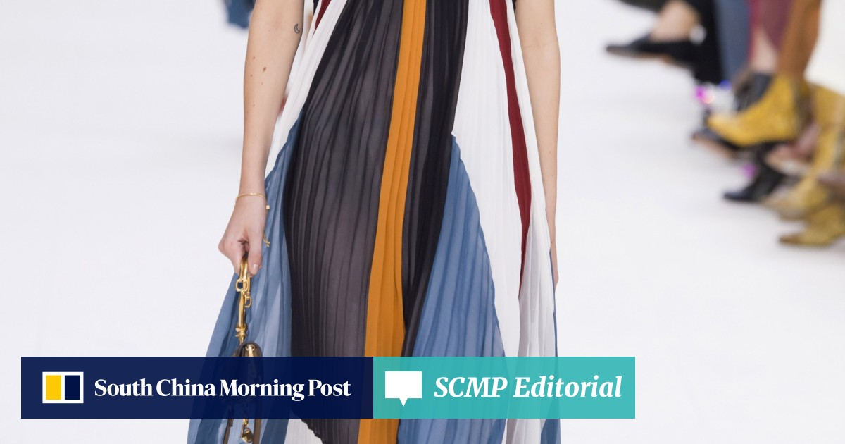 Pleats are in: feminine trend is seen on the runways at Paris