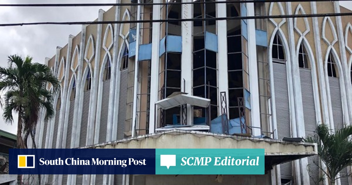 20 dead, 71 wounded as twin blasts target cathedral in southern