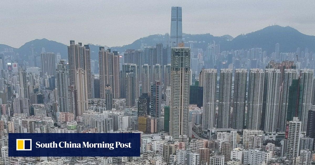 Hong Kong, China bank sectors vulnerable to crisis, says