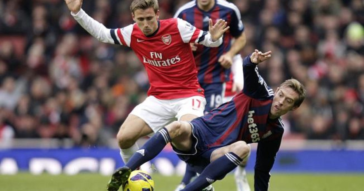 Michael Owen draws heat over Arsenal 'punch' | South China