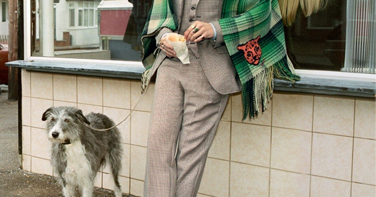 89f36021520 Harry Styles is the new face of Gucci s men s tailoring campaign ...