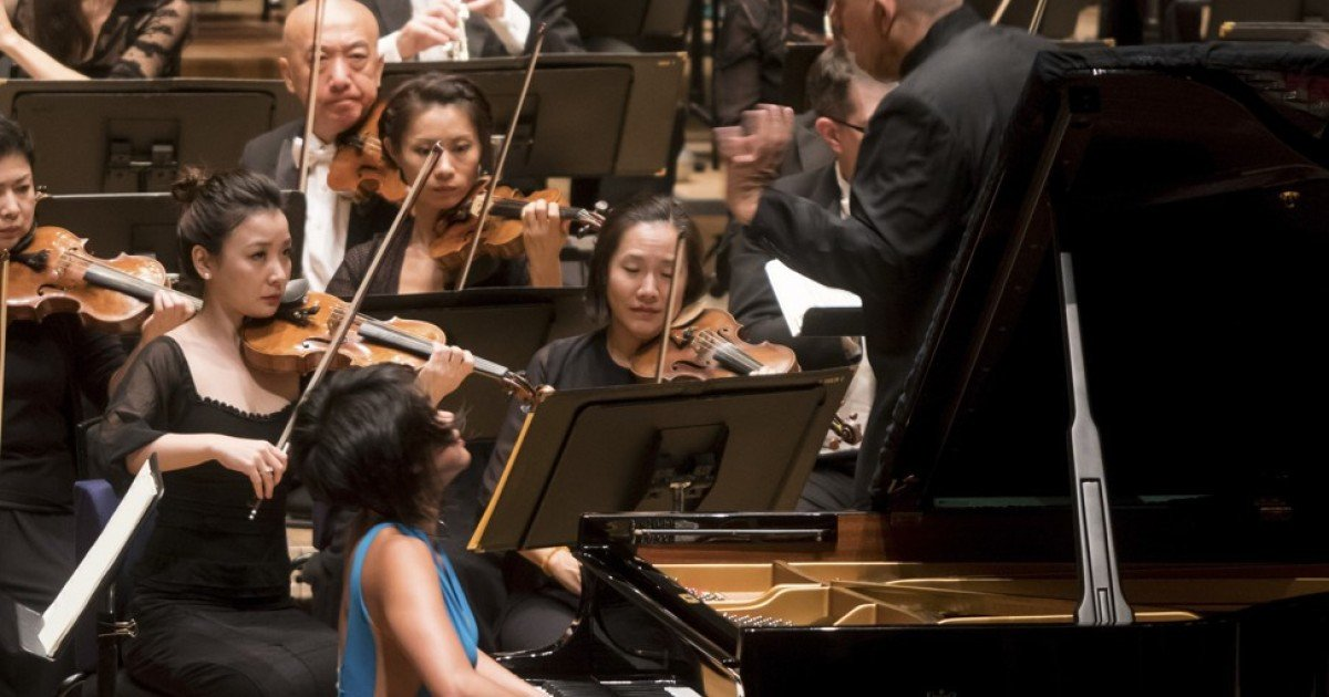 Review: Yuja Wang/HKPhil – Chinese pianist dazzles in Tchaikovsky