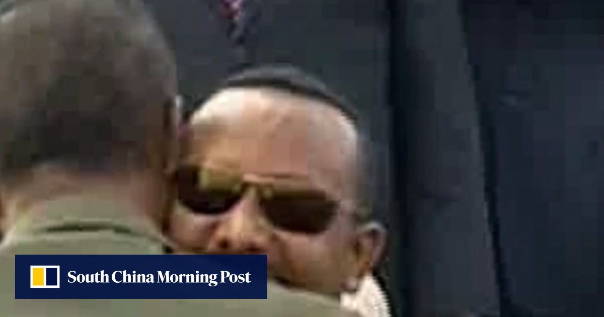 Ethiopia and Eritrea leaders end decades of war after