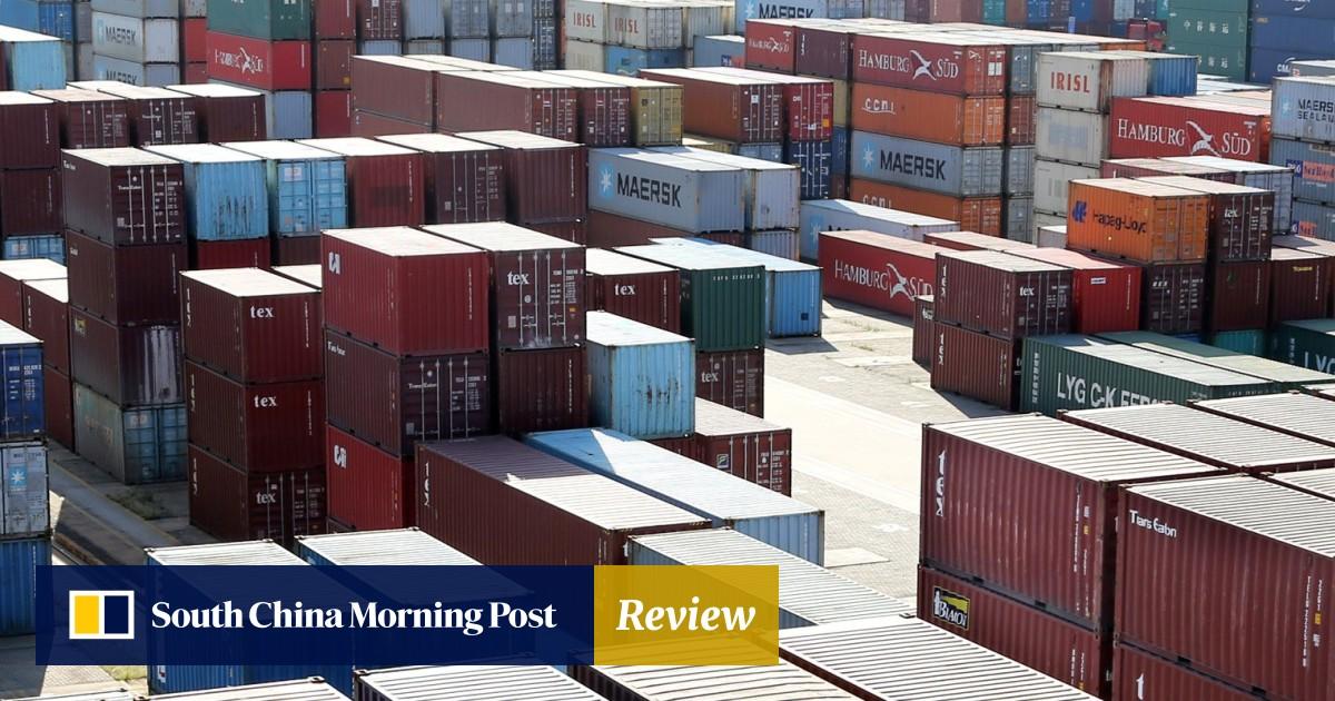 US-China trade war heats up as Beijing hits back at US President