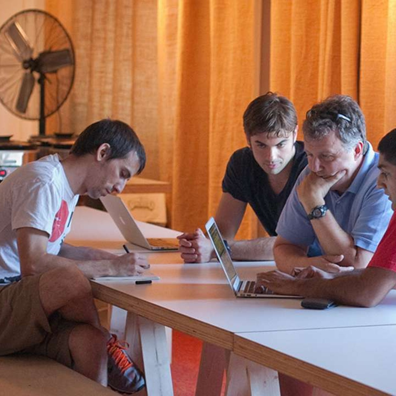 Silicon Valley's Y Combinator demands teamwork and a viable