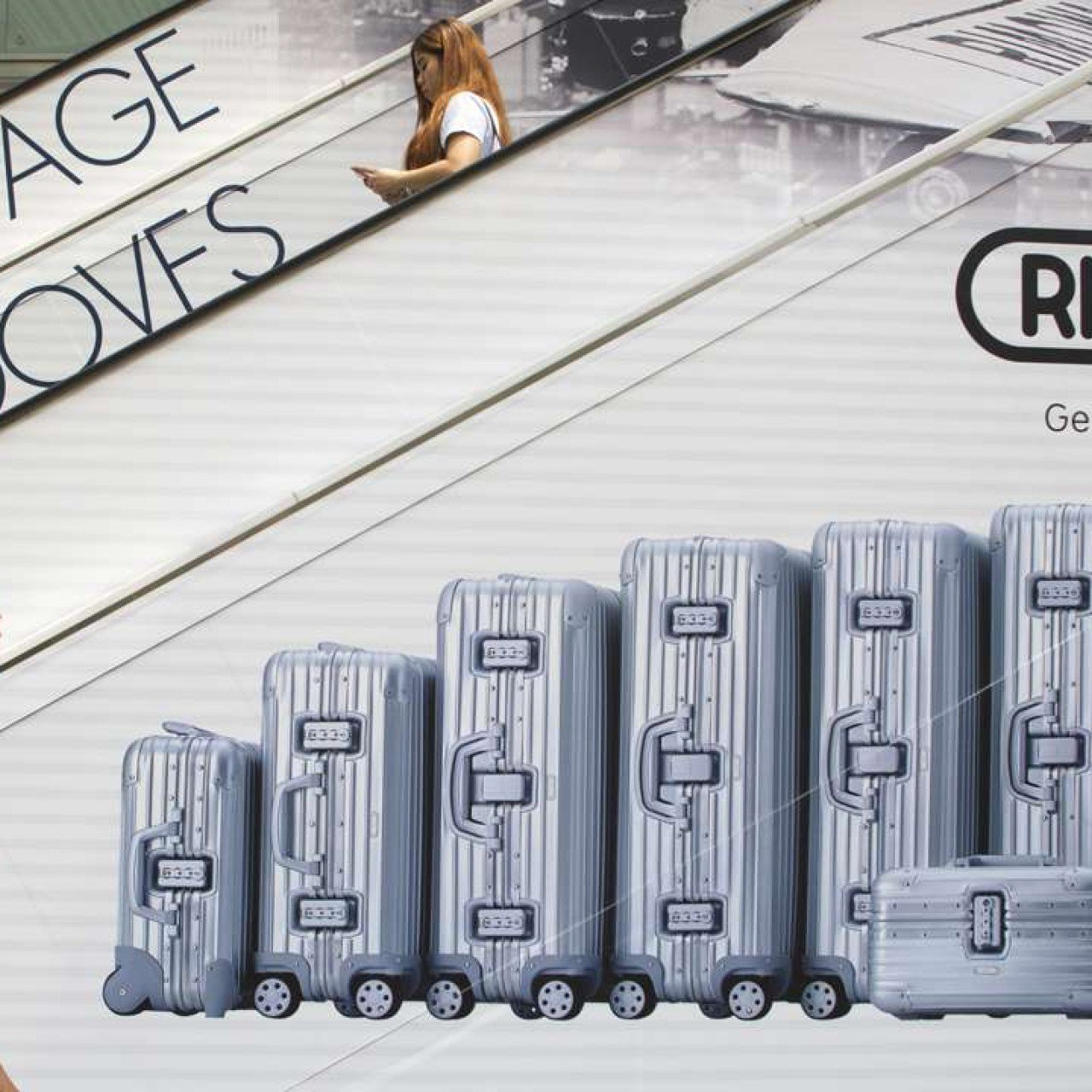 Cathay Pacific makes U-turn on move to tag Rimowa suitcases as